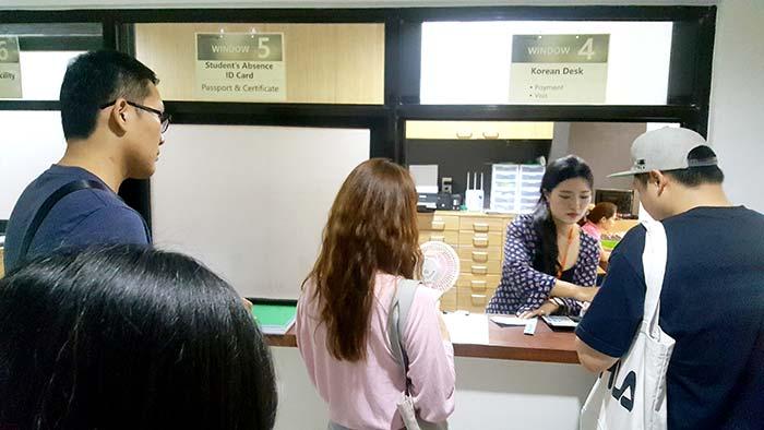 ev academy語言學校