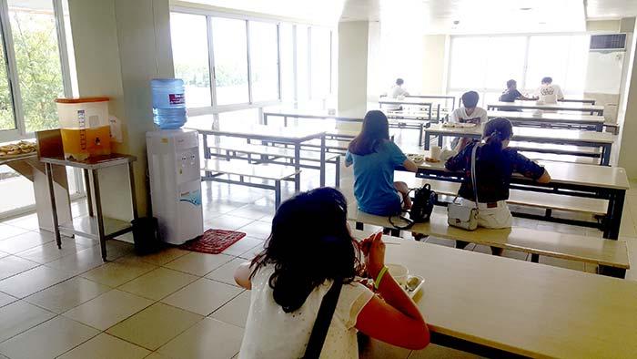 CELI學生餐廳, 校內環境