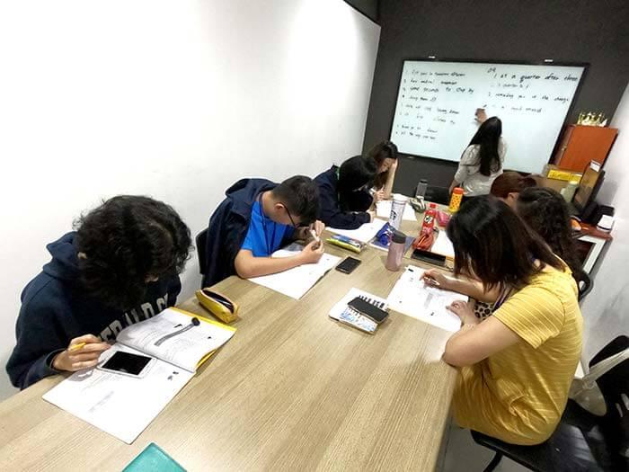 EV課程, 團體課, 小團體, 大團體課